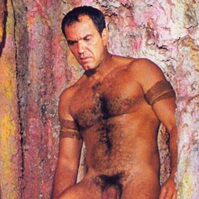 Humberto Martins pelado em ensaio para a Revista Íntima