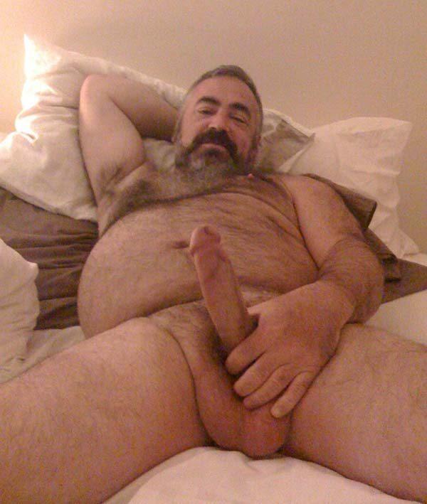 paizao gordo sacudo pelado