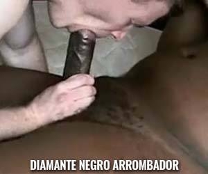 negro do pau grosso chupado fucks gay branco