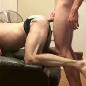 Ativo roludo arregaçando o cu do passivo - http://boysnaweb.net