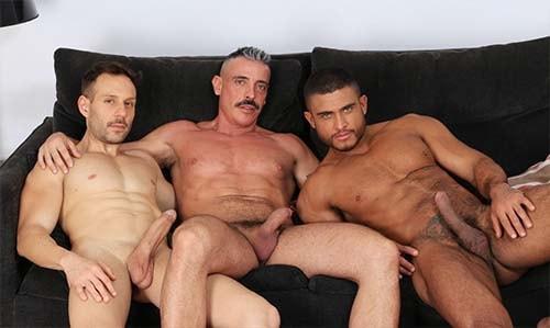 Marc Ferrer Diego Lauzen Mario Galeno sexo gay trio