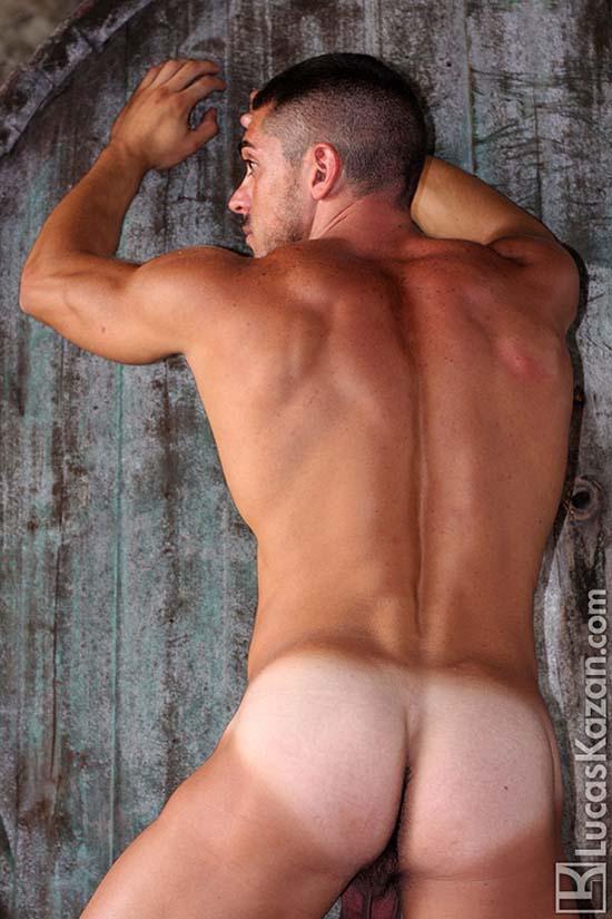 Alessandro-Basile-pelado-bundao marcadesunga