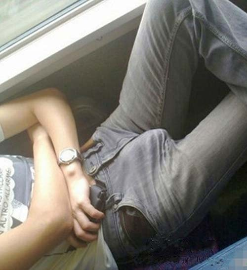 manja rola flagra macho pau duro jeans