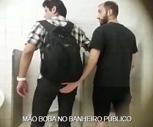 mao boba banheiro publico gay sexo amador