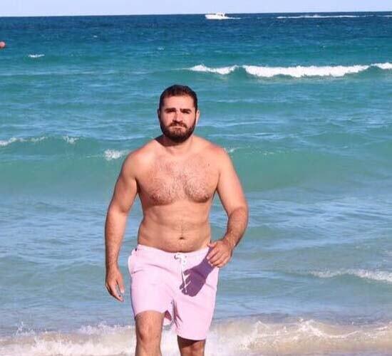 marcelo cosme jornalista globo sem camisa praia