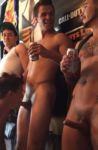 gay chupando homens de paus pequenos gayfotos