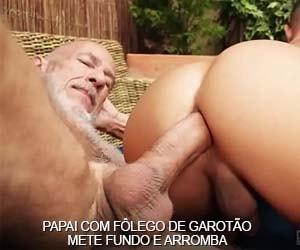 papai sexo garotao mete fundo arromba cu sem camisinha