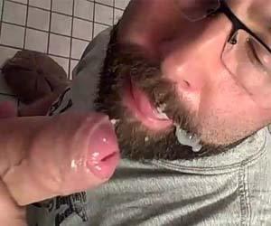 boquete amador banheiro barba gay gozada