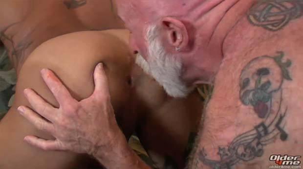 cuzinho apertado sobrinho velho safado