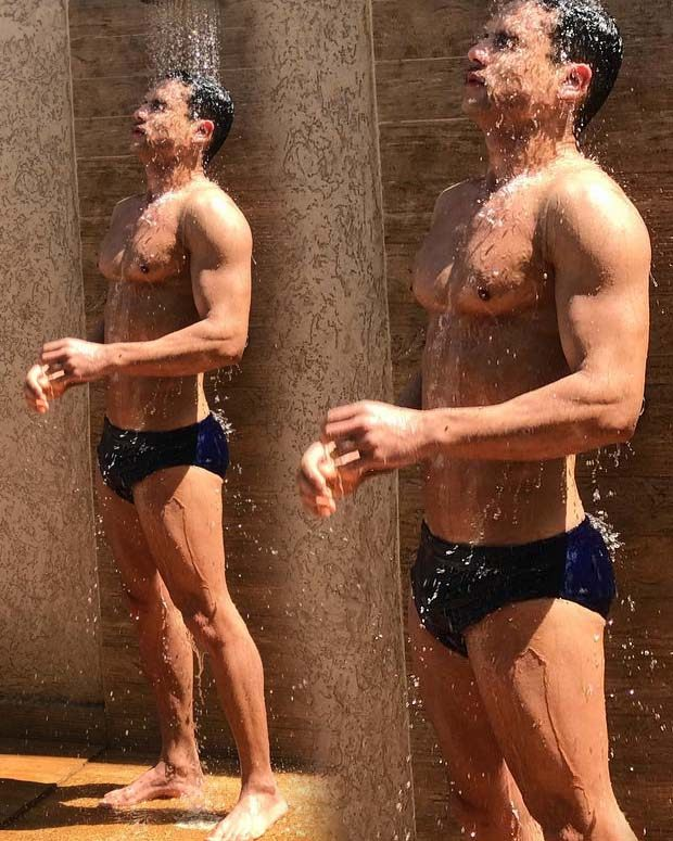 israel novaes sensual pelado sunga