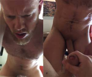 loiro barbudo suando sexo gay bareback