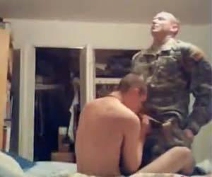macho fardado exercito sexogay amador